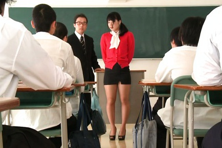 Httpfhg jpteacher com51343kana yumetrdildo3mxgs538kanayumejapaneseoutgoingteacherreason2natsmjeymjk6mte6mji000220972. Kana Yume Asian in tight skirt shows tits to hunks in classroom