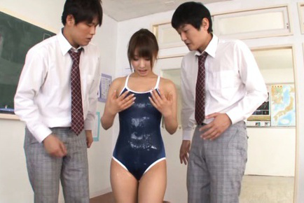 Shunka ayami. Shunka Ayami Asian has heavy titties fondled with oil by colleagues