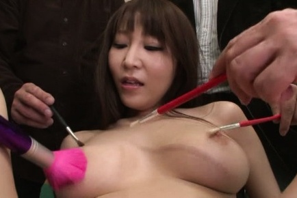 Rei aimi. Rei Aimi Asian has shaved cunt under brushes and tits fondled